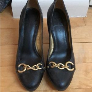 Banana Republic Black Chain Link Pumps